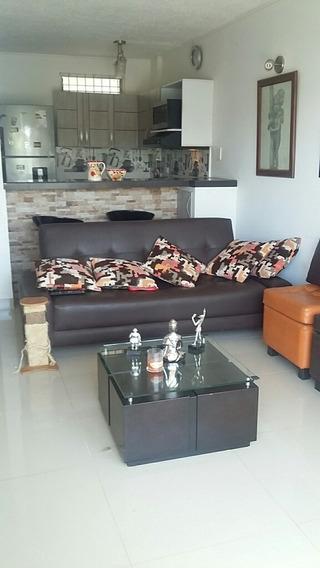 Apartamento, Un Año De Remodelacion, Excelente, 3132279466.