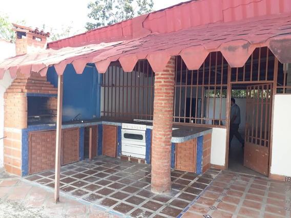 En Venta Comoda Casa En Urb Tiuna Maracay 04243154361