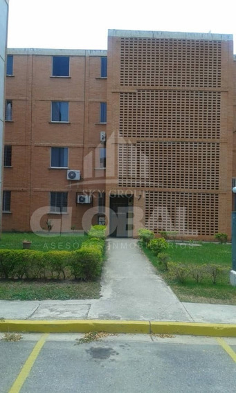 Apartamento En Urb. El Tulipán, Valencia Lga-190