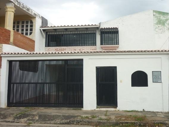 Casa En Venta, La Esmeralda, San Diego, Carabobo.