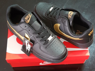 Tenis Nike Air Force One Negras!!