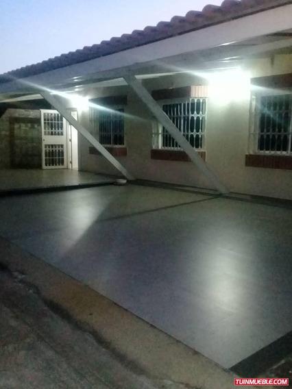 Se Vende Casa En Urbanización Puertas Del Sur