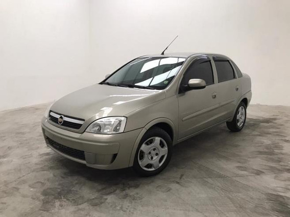 Chevrolet Corsa Sedan Premium 1.4 Flex Manual
