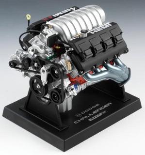 Libertad Clásicos Dodge Challenger Motor Réplica, Escala