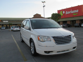 2009 Chrysler Town & Country Touring Americana Sin Legalizar