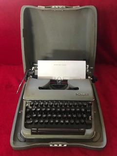 Máquina De Escribir Olympia Vintage