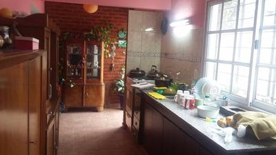 Casa Cuatro Amb-garage-local,garage.dpto.toma Prop.en Zona