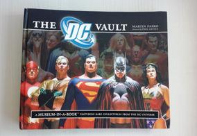 Livro The Dc Vault Liga Da Justiça Importado C/ Detalhes