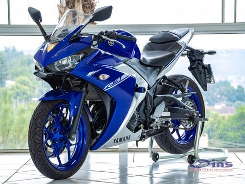 Imagem 1 de 8 de Yamaha Yzf R3 Abs