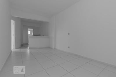 Apartamento No 3º Andar Com 2 Dormitórios E 1 Garagem - Id: 892782474 - 82474