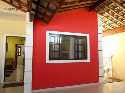 Imagem 1 de 17 de Sobrado Com 3 Dormitórios À Venda, 240 M² Por R$ 650.000,00 - Villa Branca - Jacareí/sp - So1580