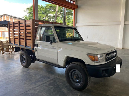 Toyota Land Cruiser 4x4 4.0 Mec