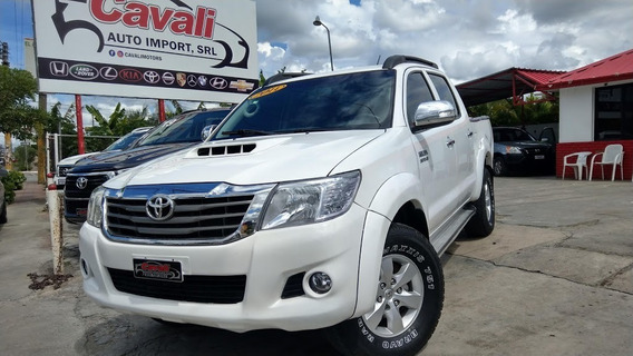 Toyota Hilux Srv Blanca 2014