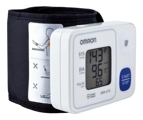 Imagen 1 de 3 de Monitor De Presión Arterial Digital De Muñeca Automático Omron Hem-6123