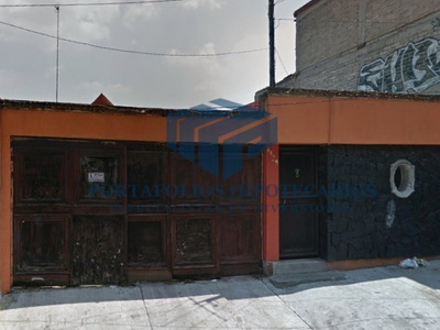 Remate Bancario Hermosa Casa 3 Niveles En Cdmx !