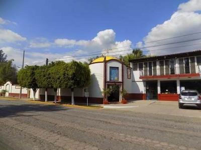 Hotel En Venta Con Vistas A La Laguna En Villa Corona