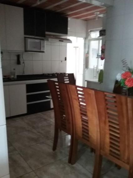 Casa Com 3 Quartos Para Comprar No Santa Helena Em Contagem/mg - 5794