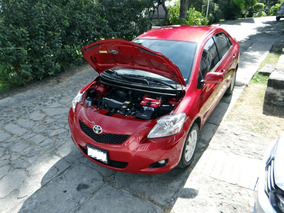 Toyota Yaris 1.5 Sedan Premium Estandar Unica Dueña