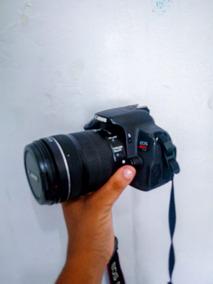 Câmera Profissional Canon T4i + Lente 18-135mm