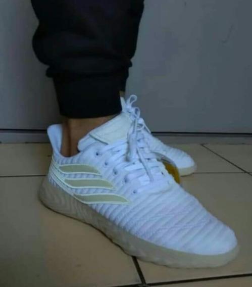 Zapatillas adidas Sobakov