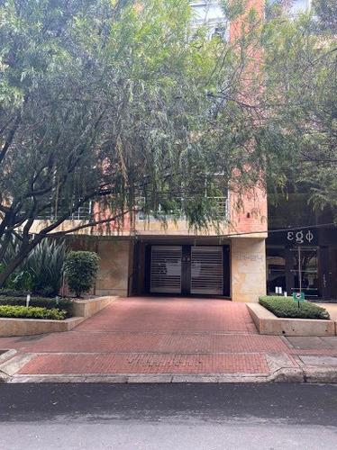 Apartamento En Arriendo Chico Reservado 469-8130
