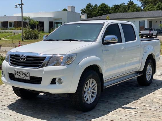 Toyota Hilux 2.7 Nafta - Excelente Estado