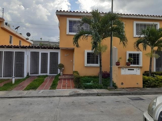 Townhouse Vista Dorada Mls#20-12656