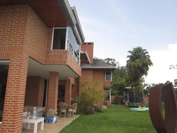 Casa Y Terreno Super Amplio Mls #20-21249
