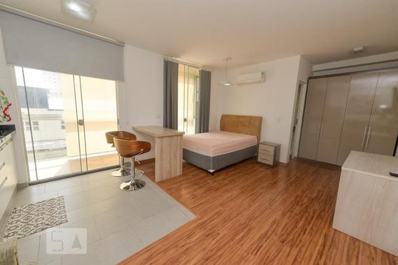 Studio No 4º Andar Mobiliado Com 1 Dormitório E 1 Garagem - Id: 892968873 - 268873