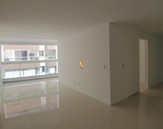 Apartamento 04 Quartos Com 02 Suítes Na Quadra Do Mar Da Praia De Itapoã. - 19133