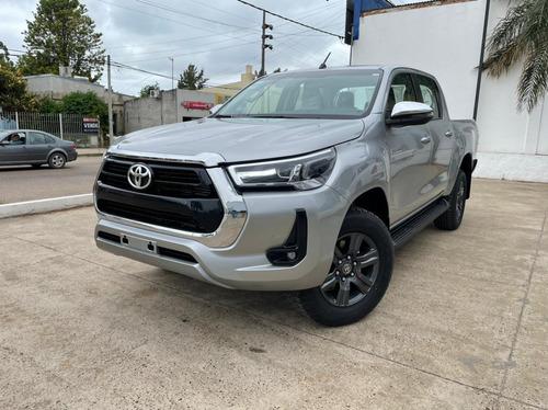 Toyota Hilux Srv 4x2 Aut 204hp 2021