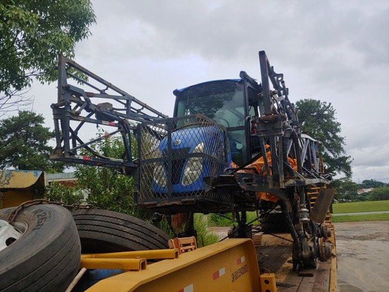 Pulverizador New Holland 2500 Sinistrado