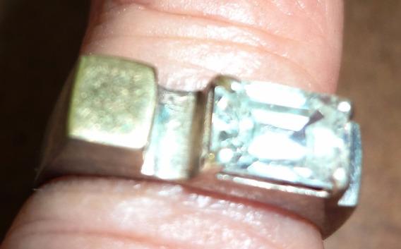 Anel Metal Semi Nobre E Pedra Zirconia,raro E Único No Ml.