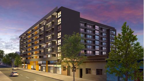 Imagen 1 de 11 de Edificio Tocornal