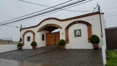 Casa En Renta En Cacalomacan