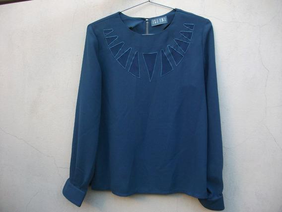 Blusa Azul De Mujer - Cuello Redondo / Mangas Largas