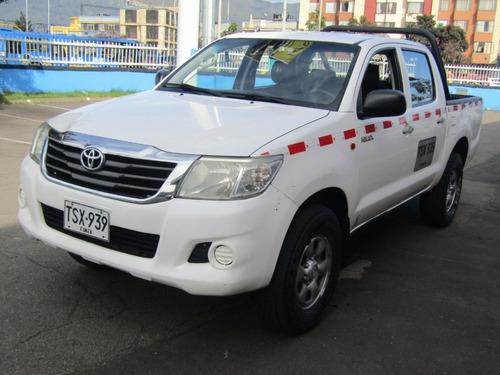 Toyota Hilux 4×4 Diesel