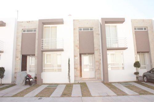 Excelente Casa En Renta Zakia Por El Refugio