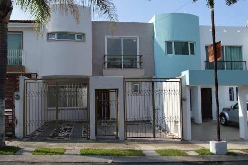 Casa En Renta En Mirador De San Isidro