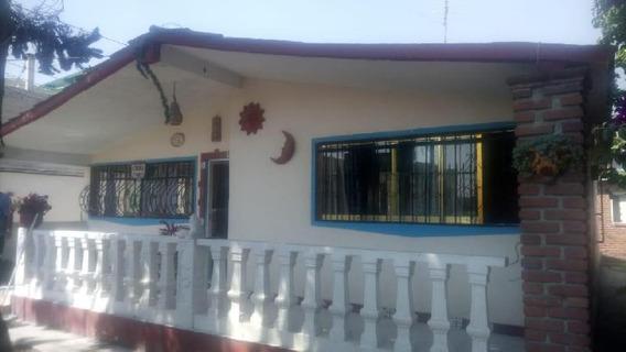 Casa Un Piso En Venta Santa María Totoltepec