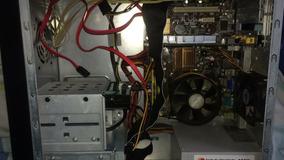 Cpu Core 2 Duo 2.8 Ghz, 4gb Ram, Gt 9400 1gb Hd 160 Gb Usado