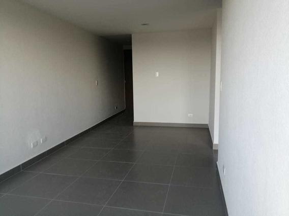 Estrena Departamento Con Balcón Interior En Av Aztecas Los R