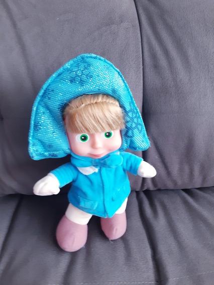 Boneca Masha Com Roupinha De Inverno