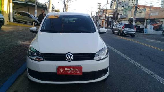 Volkswagen Fox 2014 1.0 Trend Flex - Esquina Automoveis