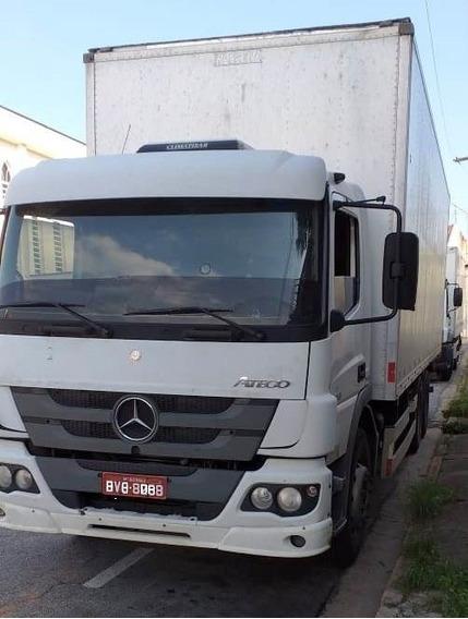 Mercedes Atego 2426 2012 Baú
