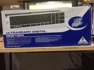 Behringer Deq1024 Ultragraph Ecualizador Digital