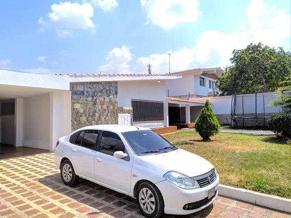 Casa En Las Lomas De Un Solo Nivel