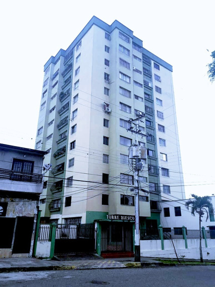 Alquiler Apartamento Pueblo Nuevo Torre Diesco