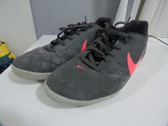 Chuteira Nike Beco 2 Futsal - N40 - Chumbo E Rosa