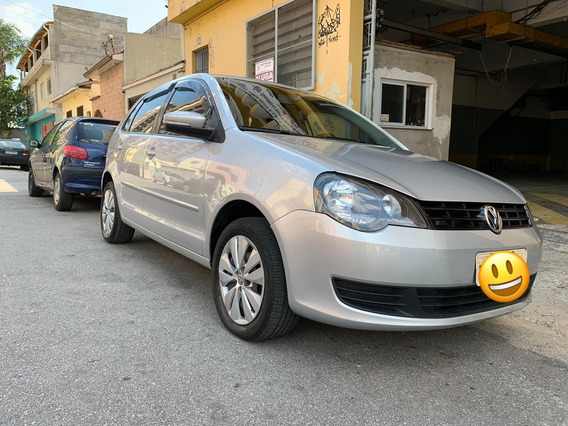 Volkswagen Polo Hatch 1.6 2014